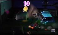 Luigi getting a polterpup