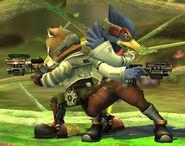 Falco e Fox Brawl