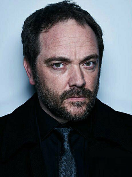 The 56-year old son of father (?) and mother(?) Mark Sheppard in 2020 photo. Mark Sheppard earned a million dollar salary - leaving the net worth at million in 2020