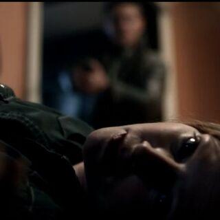 Дин обнаруживает мёртвую Диану.