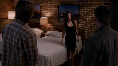 Supernatural.S08E15.Man's.Best.Friend.With.Benefits.1080p.WEB-DL.DD5.1.H.264-ECI.mkv snapshot 07.14 -2013.04.03 14.30.01-