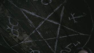 Supernatural 2x08 1811