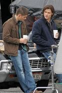 Jared+and+Jensen+on+set+ R01AVp3O Zx