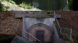 BunkerDoor
