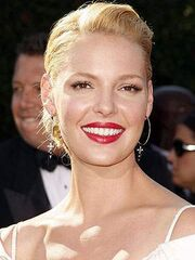 Katherine-Heigl-uses-Electronic-Cigarette-to-quit-smoking