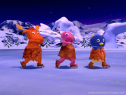 Backyardigans+skating 9