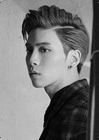 C Jonghyun R