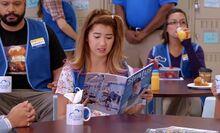 S01E02-Cheyenne reads Stratus