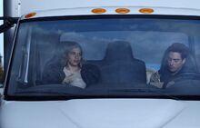 S02E16-Amy Jonah eat in truck