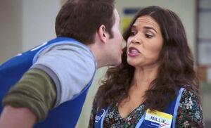 S02E07-Marcus kiss Amy