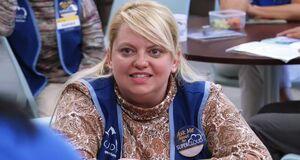 S02E11-Justine listening to Sandra