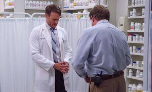 S03E06-Glenn Tate Pharmacy