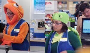 S03E05-Sarah costume goof