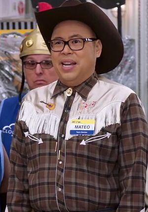 S02E06-Mateo cowboy long