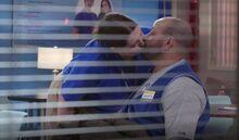 S02E09-Dina kisses Garrett