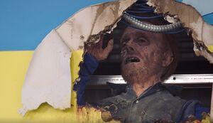 S03E05-Sal corpse headshot