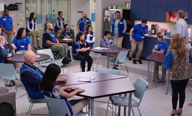 S04E03-Break Room