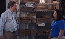 S03E13-Glenn Sandra Stock Room