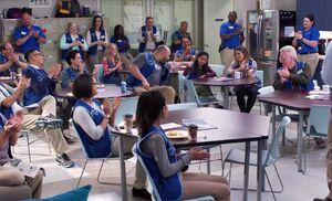 S03E03-Emmas welcome in Break Room