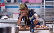 S03E08-Amy raps in kitchen