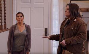 S03E09-Amy-Dina early