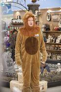 S03E05-Glenn as lion-long