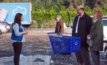 S04E07-Amy parents truck
