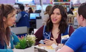 S03E20-Amy name tag and cafe