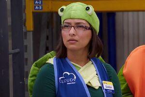 S02E06-Sarah as a turtle