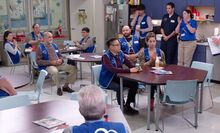 S04E08-Break Room