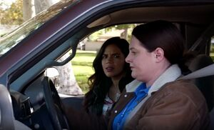 S01E08-Dina Amy in truck