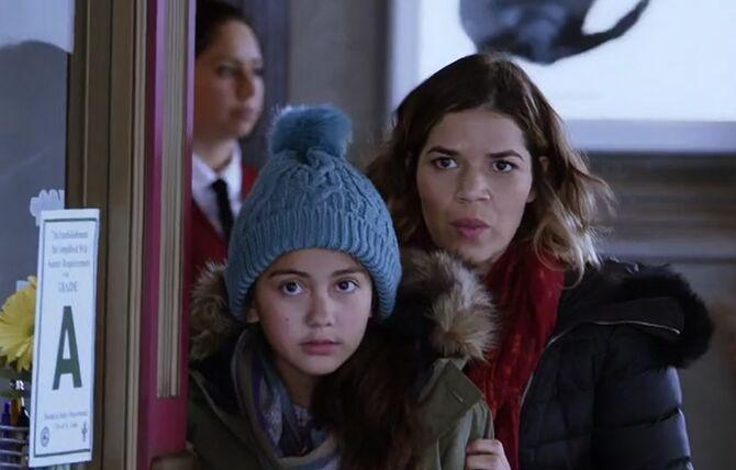 S02E15-Amy and Emma hooky