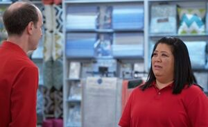 S03E16-Sandra red shirt