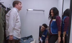 S03E13-Dennis w Amy and Jonah