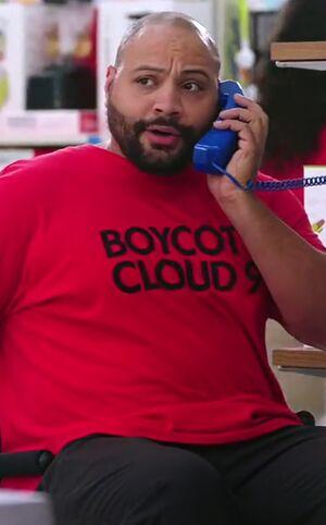 S02E01-Garrett boycott shirt