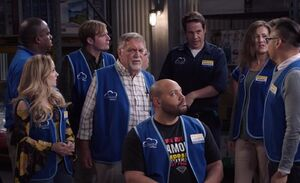 S03E10-Henry in Warehouse