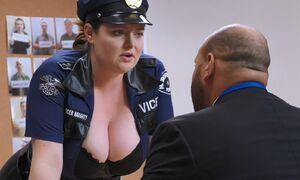 S02E06-Dina questions Garrett