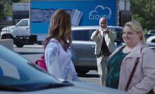 S04E03-Sayid Delivery Truck