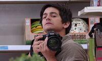 S01E02-Photographer2