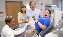 S03E20-Glenn Jerusha Dina at doctor