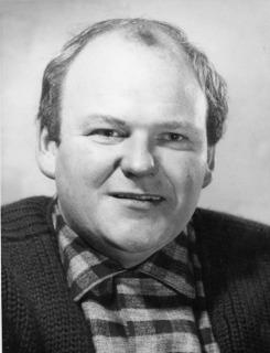 Roy Kinnear son
