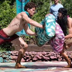 Sarah faces off against Anneliese in the final round of the <i>Sumo-ans</i> immunity challenge.