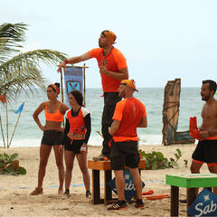 Pudientes competing in the fifth Immunity Challenge.