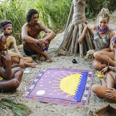 Solewa painting their tribe flag.
