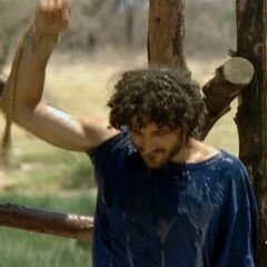 Ethan at the first individual Immunity Challenge, <i><a href=