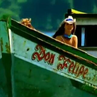 Bayoneta's boat in the opening.