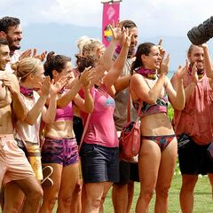 Samatau wins the first Immunity Challenge.