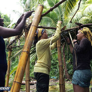Stephannie building the shelter at Hiki.