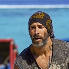 Tony competes in the Immunity Challenge, <i><a href=