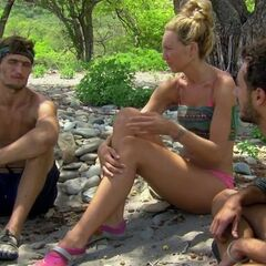 Reed pleads his case to Jon and Jaclyn.